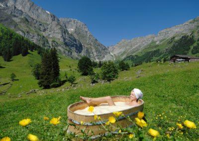 Frau, Badewanne, Molkenbad;.Woman, Bath Tub;